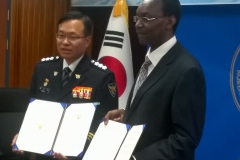 Vice-Chancellor DeKUT and the president Korea National Police University during the signing of the MOU